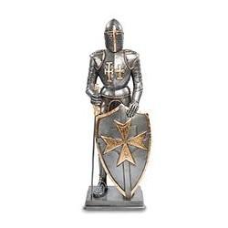 """Статуэтка """"Рыцарь с мальтийским крестом на щите"""""""