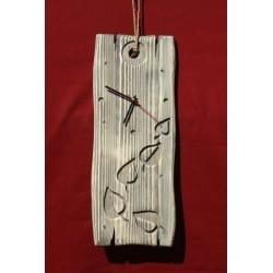 Часы  «С листочками»