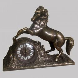 """Часы """"Лошадь"""""""